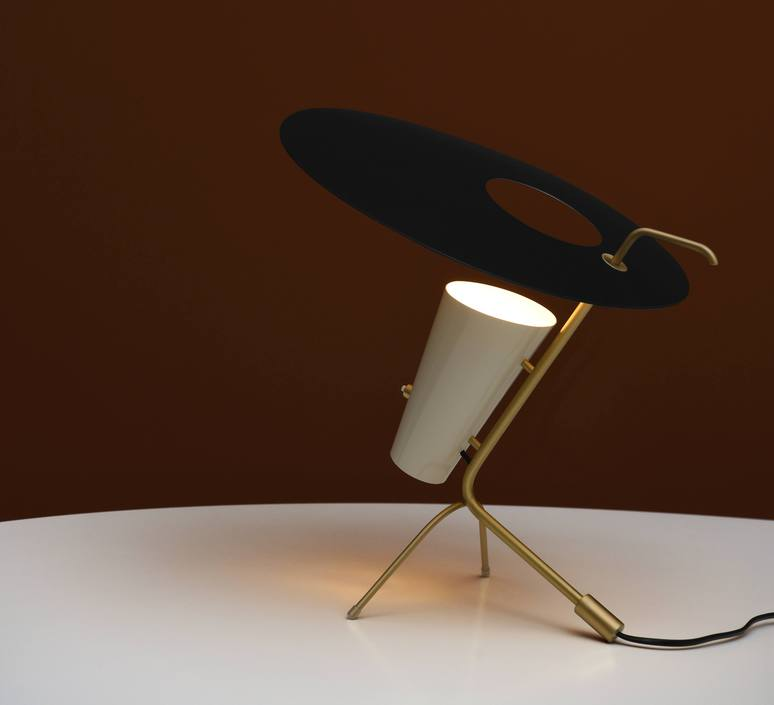 G24 guariche pierre guariche lampe a poser table lamp  sammode g24 bk wh wh  design signed nedgis 84635 product