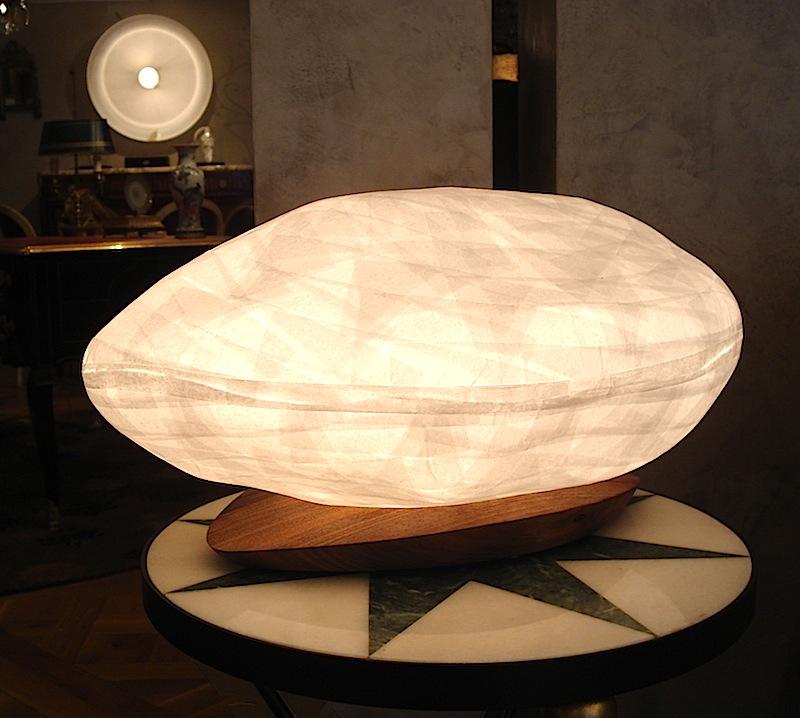 lampe poser galet blanc l50cm p30cm h35cm celine wright luminaires nedgis. Black Bedroom Furniture Sets. Home Design Ideas
