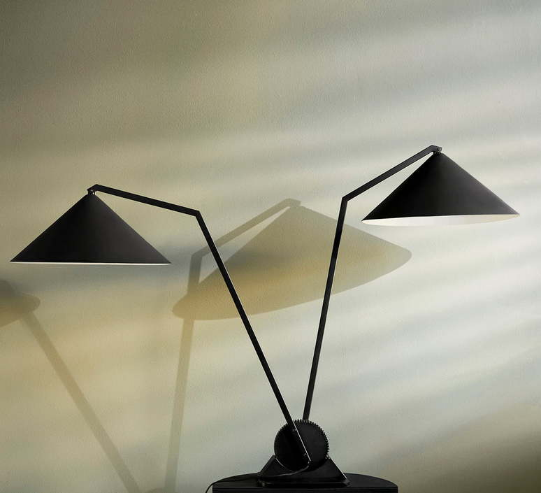 Gear double johan lindsten lampe a poser table lamp  norhtern lighting 412  design signed 55500 product