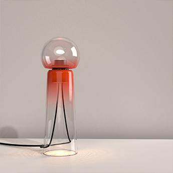 Lampe a poser gigi table rouge led 2200 4000kk 1400lmlm o13 8cm h40 9cm d armes normal