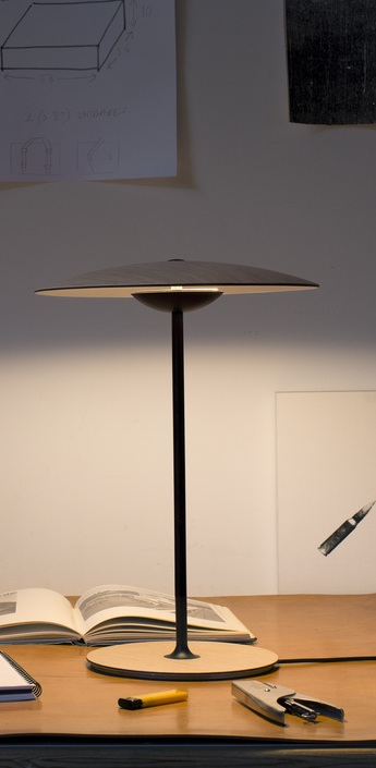 Lampe a poser ginger wenge led h46 5cm marset normal