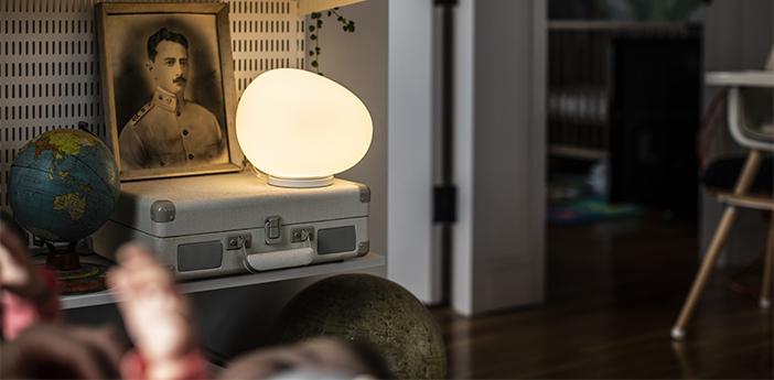 Lampe a poser gregg midi blanc et blanc led 2700k 830lm l21cm h17cm foscarini normal