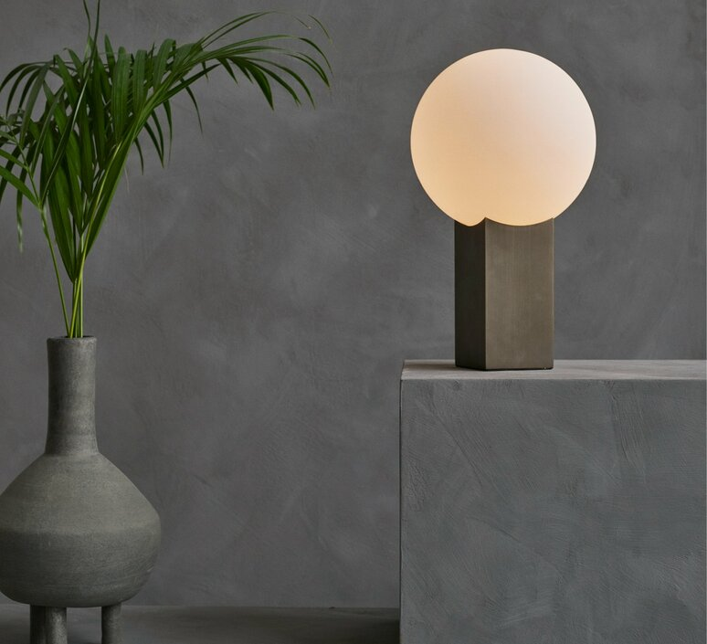 Clam kristian sofus hansen tommy hyldahl lampe a poser table lamp  norr11 010046  design signed 86578 product