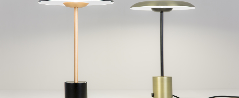 Lampe a poser hoshi noir or satine h40cm o26cm faro normal