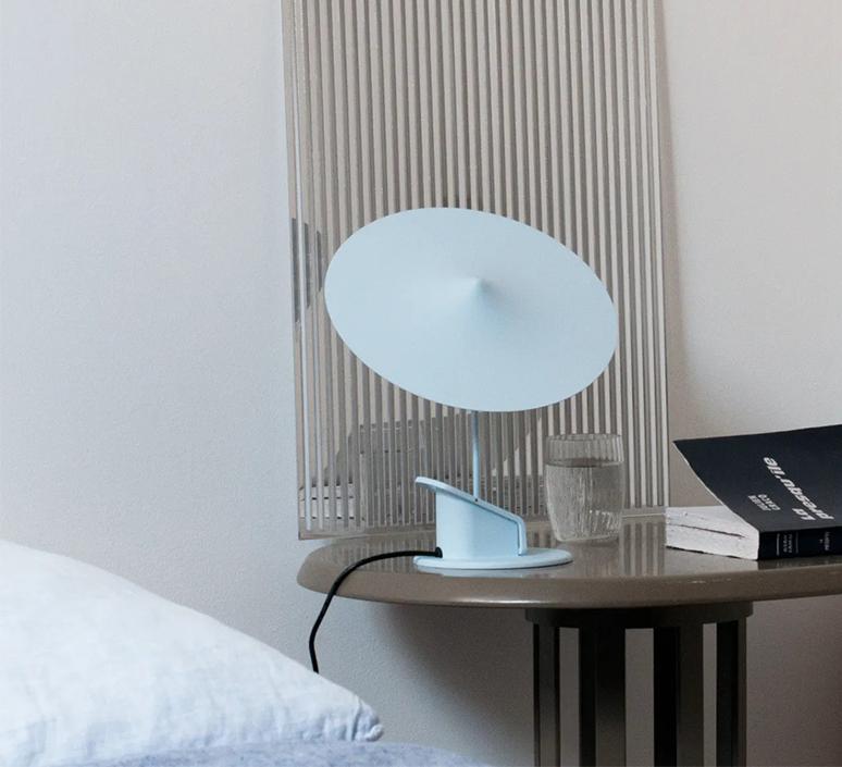 Ile inga sempe lampe a poser table lamp  wastberg 153m10515  design signed nedgis 127041 product