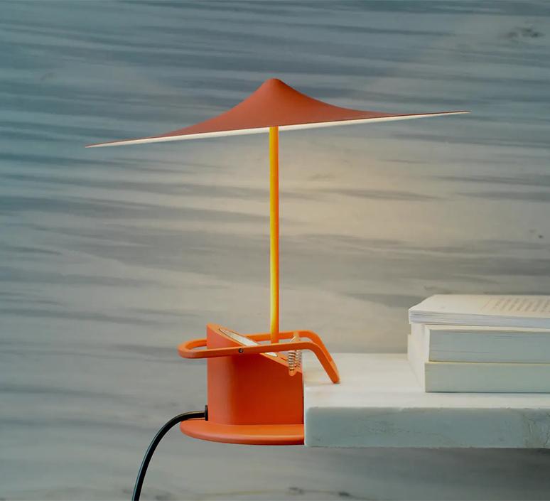 Ile inga sempe lampe a poser table lamp  wastberg 153m10580  design signed nedgis 123370 product
