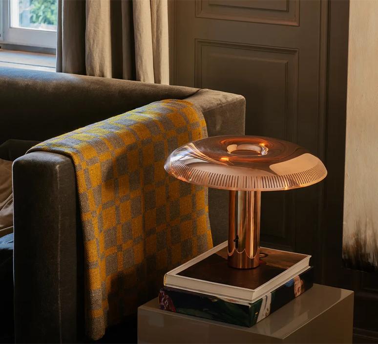 Illumina ilse crawford lampe a poser table lamp  wastberg 203t300  design signed nedgis 123307 product
