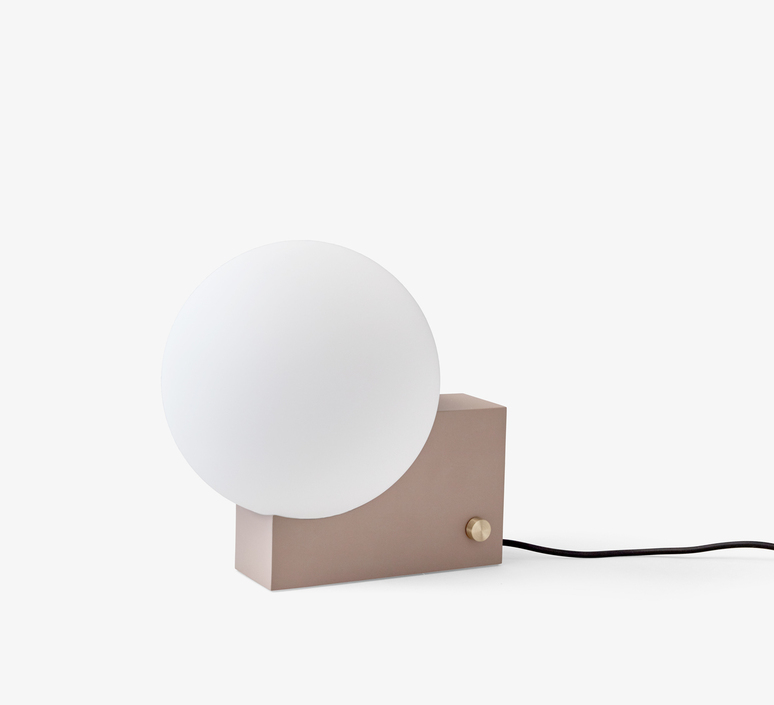 Journey  signe hytte lampe a poser table lamp  andtradition 20321099  design signed 42816 product