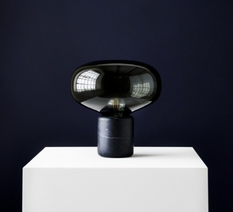 Karl johan marbre verre fume signe hytte lampe a poser table lamp  newworks 20311  design signed 30622 product