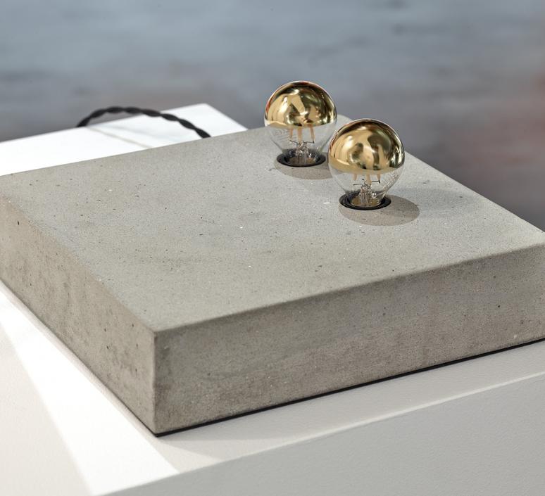 Kvg 02 04  koen van guijze lampe a poser table lamp  serax b7219306  design signed nedgis 66819 product
