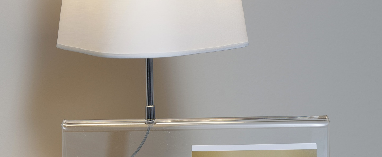 Lampe a poser l empirique blanc transparent h42cm designheure normal