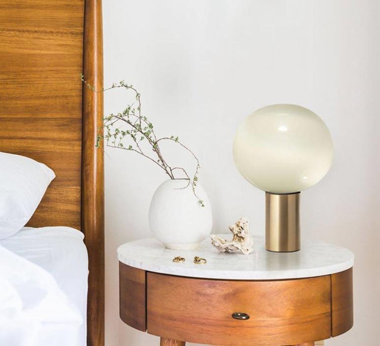 Laguna tavolo matteo thun lampe a poser table lamp  artemide 1805140a  design signed 60994 product