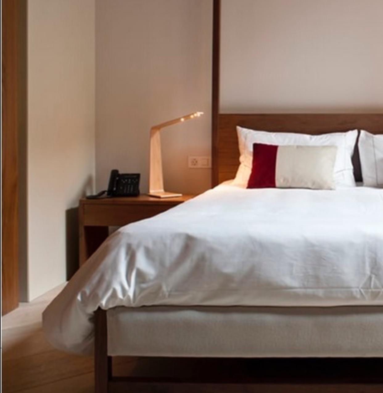 lampe poser led4 bouleau 2700k h52cm tunto. Black Bedroom Furniture Sets. Home Design Ideas