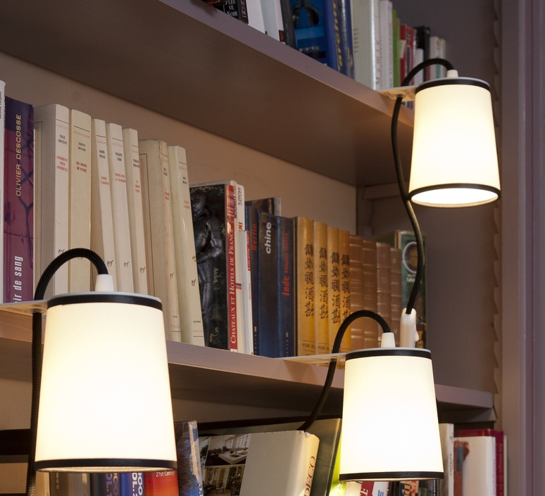 Lampe 224 Poser Lightbook Blanc Noir H12cm Designheure