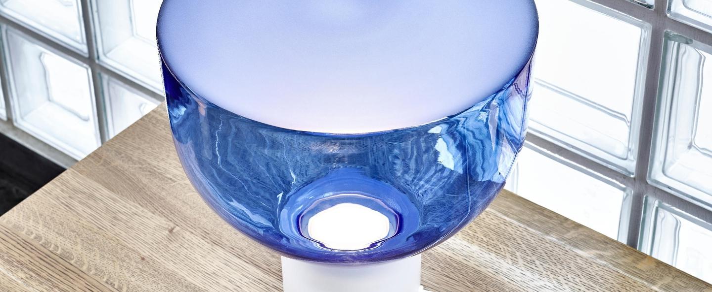 Lampe a poser lightline s bleu h34cm brokis normal