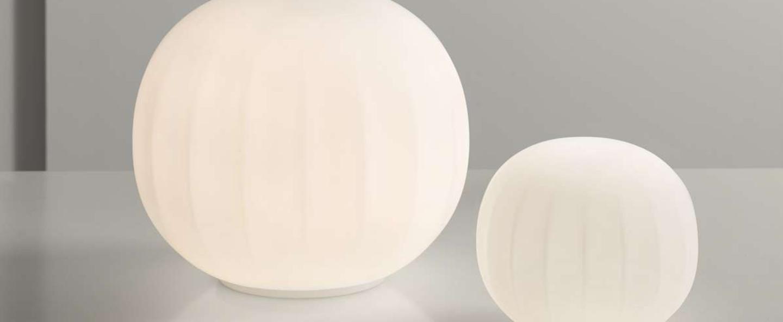 Lampe a poser lita blanc o15cm h27cm luceplan normal