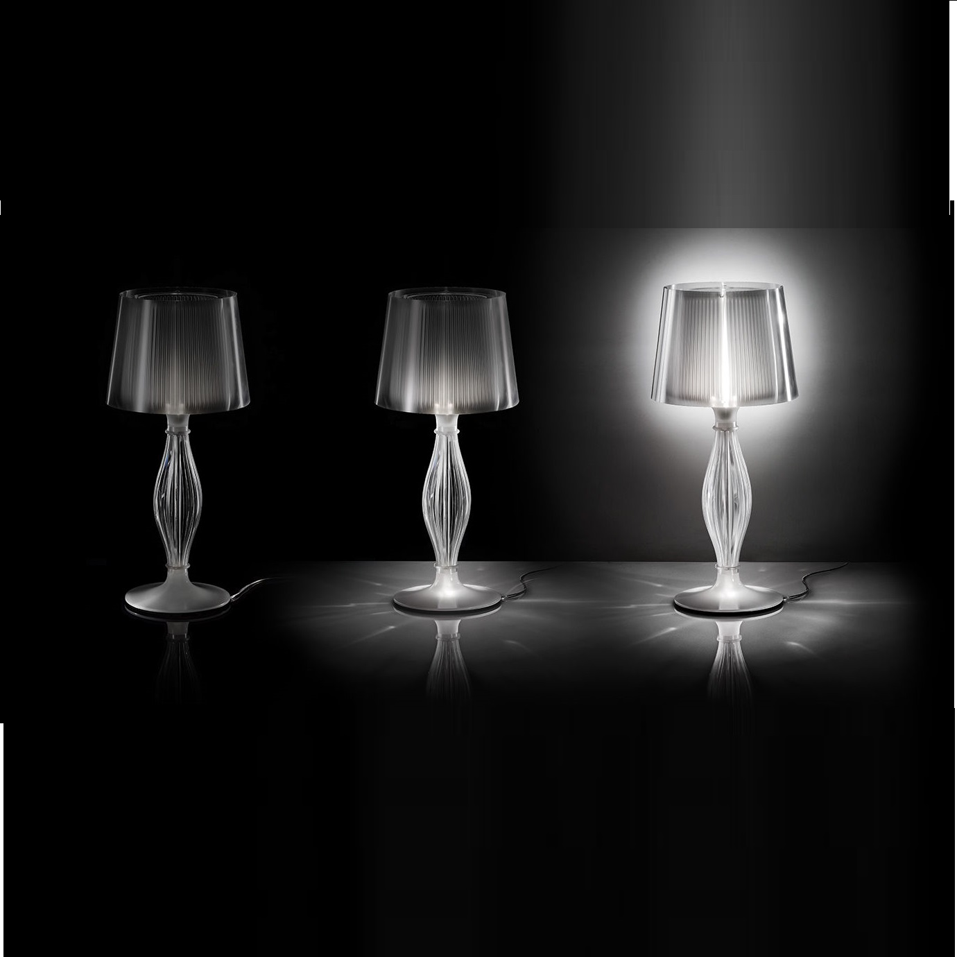 lampe poser liza transparent h70cm led halog ne. Black Bedroom Furniture Sets. Home Design Ideas