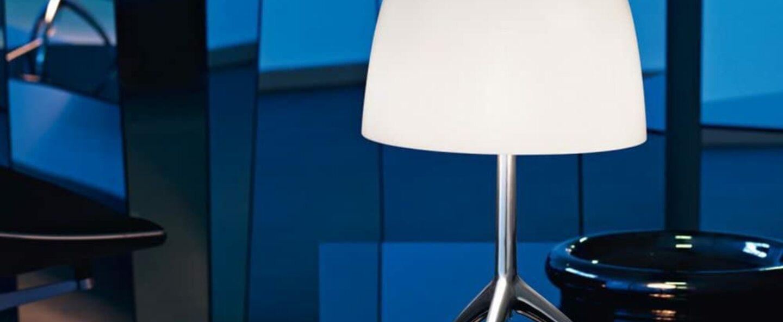 Lampe a poser lumiere grande blanc o26cm h45cm foscarini normal