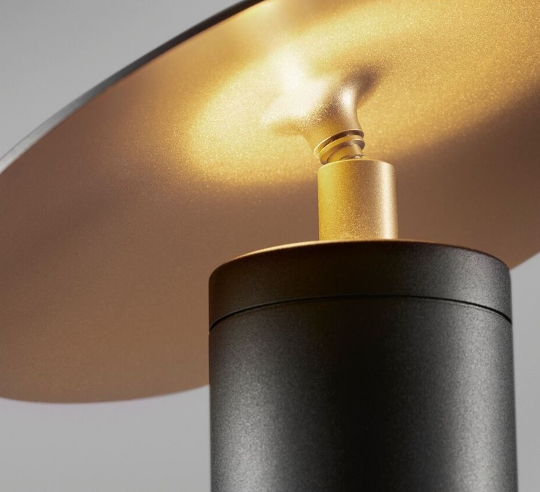 Madison t1 marie holsting lampe a poser table lamp  light point 255001  design signed 40784 product