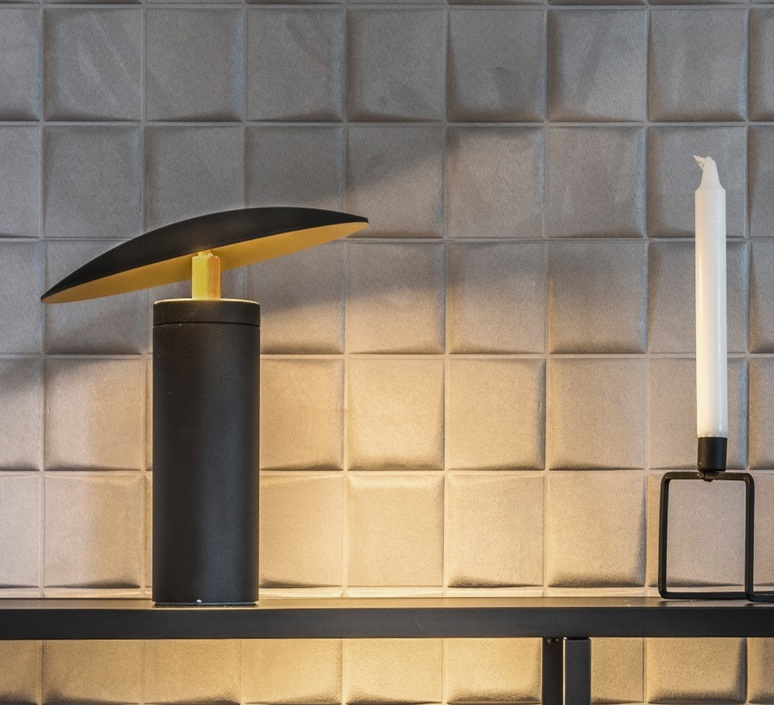 Madison t1 marie holsting lampe a poser table lamp  light point 255001  design signed 40785 product
