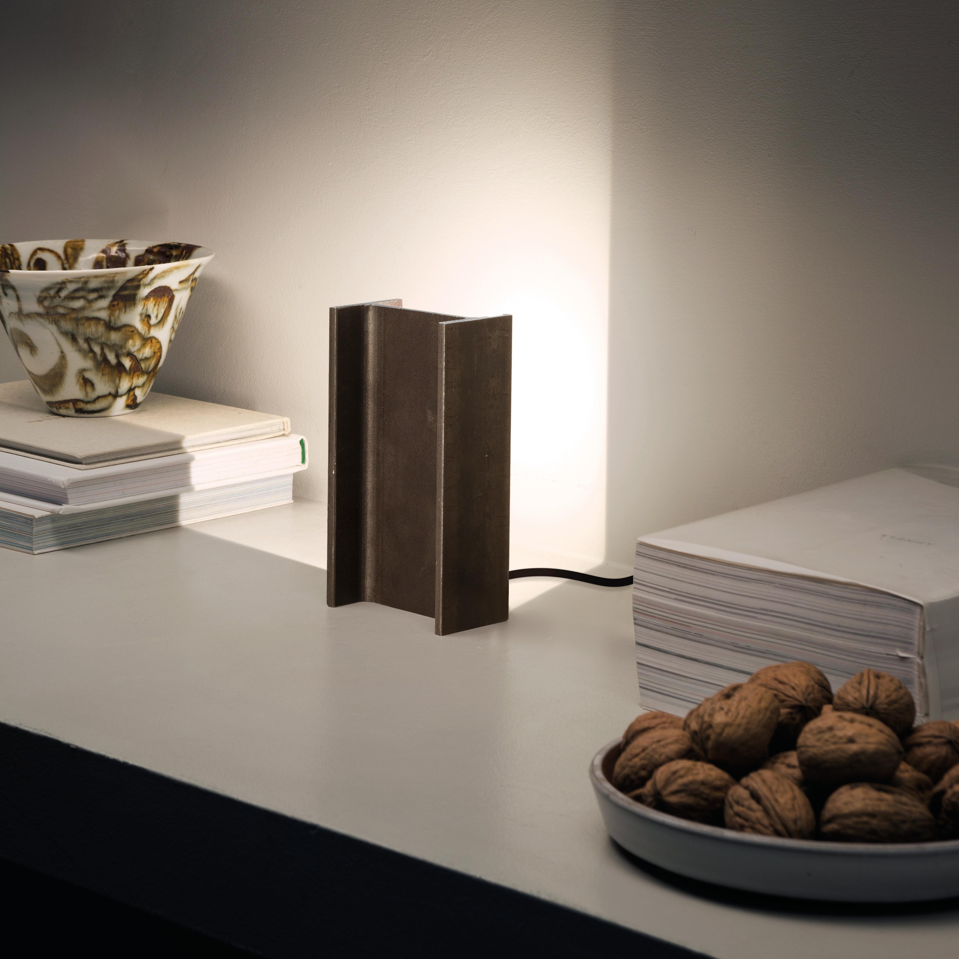 Table Lamp Mais Plus Que Cela Je Ne Peux Pas Mini Grey Led L8cm H15cm Nemo Lighting Nedgis Lighting