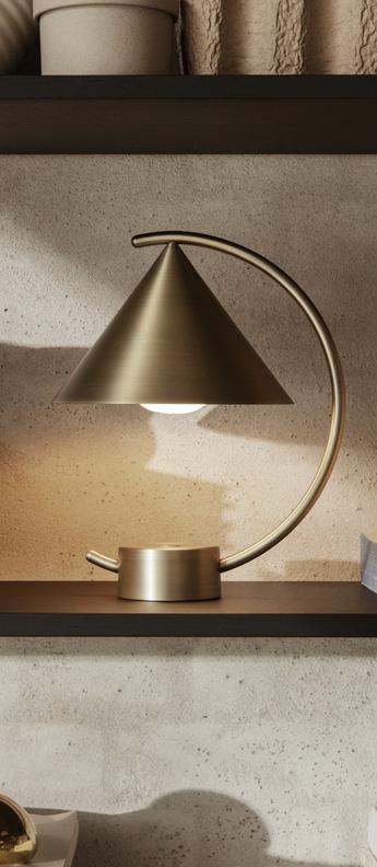 Lampe a poser meridian laiton l20 9 cm h26cm ferm living normal