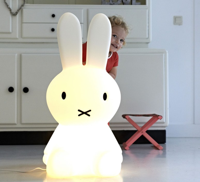 Miffy xl jannes hak et lennart bosker stempels et co mrmiffy xl luminaire lighting design signed 14988 product