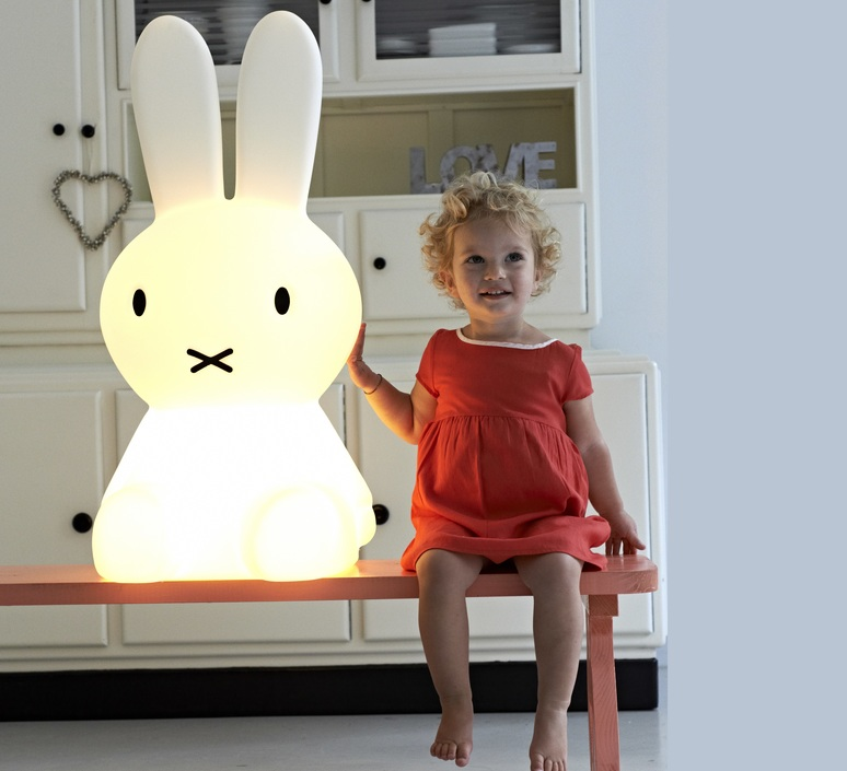 Miffy xl jannes hak et lennart bosker stempels et co mrmiffy xl luminaire lighting design signed 14991 product