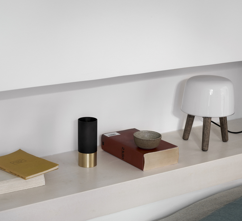 Milk studio norm architects lampe a poser table lamp  andtradition 20403294  design signed 42870 product