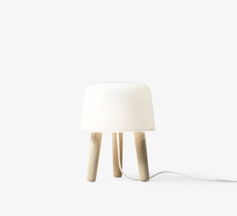 Milk cordon blanc studio norm architects lampe a poser table lamp  andtradition 20403030  design signed 42892 product
