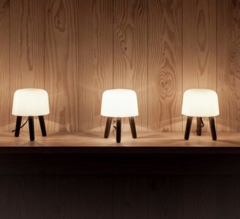 Milk studio norm architects lampe a poser table lamp  andtradition 20403194  design signed 42878 product