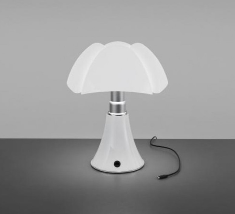 lampe poser baladeuse mini pipistrello sans fil blanc led 27cm h35cm martinelli luce. Black Bedroom Furniture Sets. Home Design Ideas