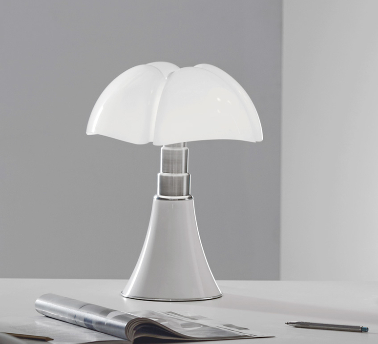 lampe poser mini pipistrello tactile led blanc h35cm. Black Bedroom Furniture Sets. Home Design Ideas