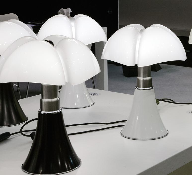 Minipipistrello gae aulenti martinelli luce 620 j t ma luminaire lighting design signed 15587 product
