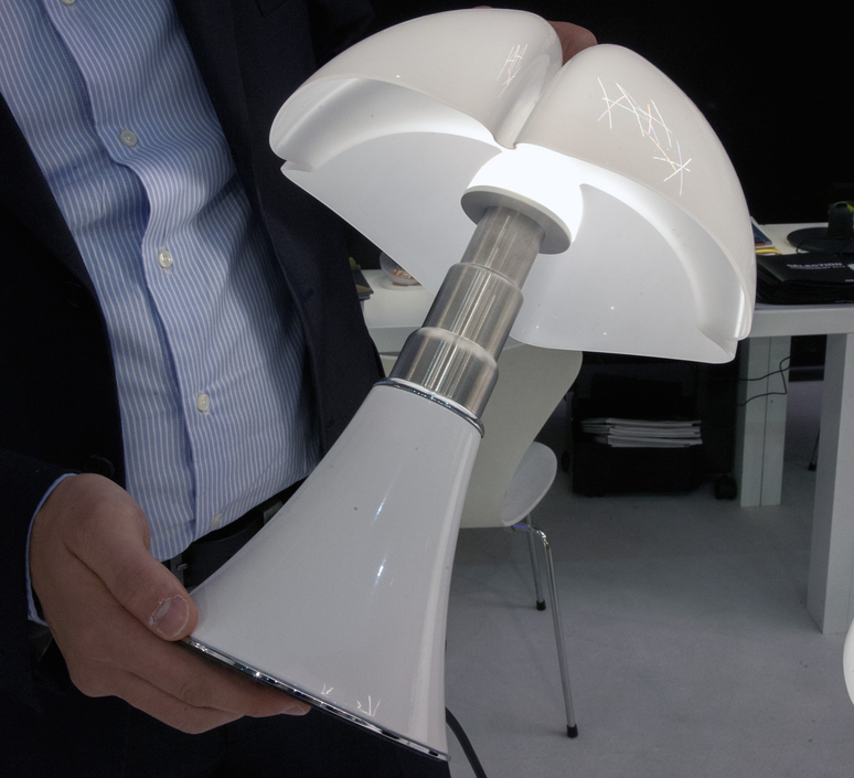 Minipipistrello gae aulenti martinelli luce 620 j t ma luminaire lighting design signed 15590 product