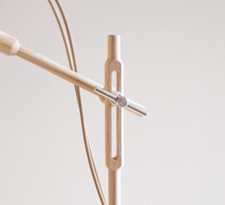 Mob wood  studio swabdesign lampe a poser table lamp  swabdesign mob 11wovr  design signed 44124 product