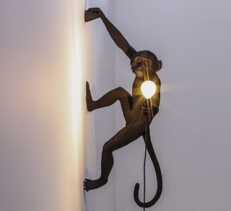 Monkey hanging right marcantonio raimondi malerba lampe a poser table lamp  seletti 14919  design signed nedgis 65772 product