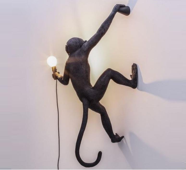 Monkey hanging right marcantonio raimondi malerba lampe a poser table lamp  seletti 14919  design signed nedgis 65773 product