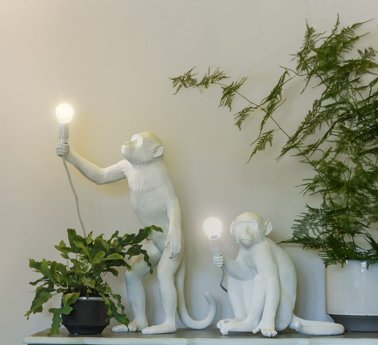 Table lamp, Monkey Sitting, white, H30cm - Seletti - Nedgis Lighting