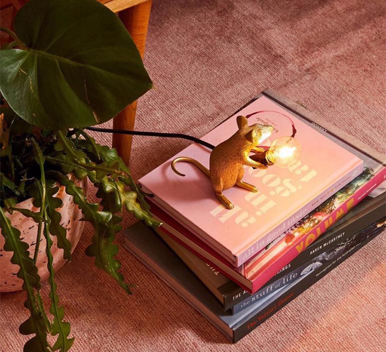 Mouse sitting marcantonio raimondi malerba lampe a poser table lamp  seletti 14942 gld  design signed nedgis 97856 product