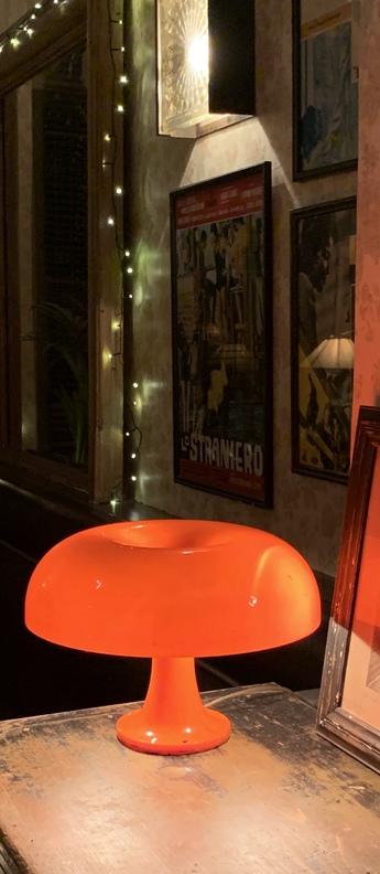 Lampe a poser nessino orange o32cm h22 3cm artemide normal