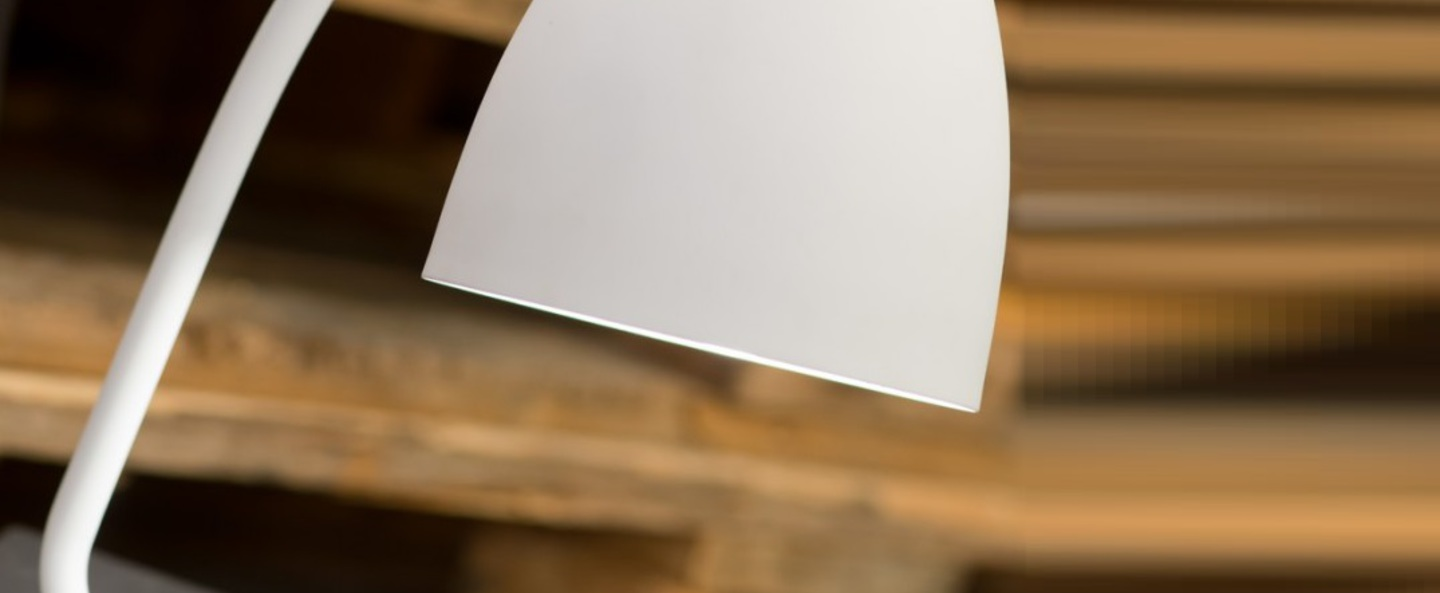 Lampe a poser newport blanc h28cm o13cm it s about romi normal