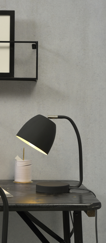 Lampe a poser newport noir h28cm o13cm it s about romi normal