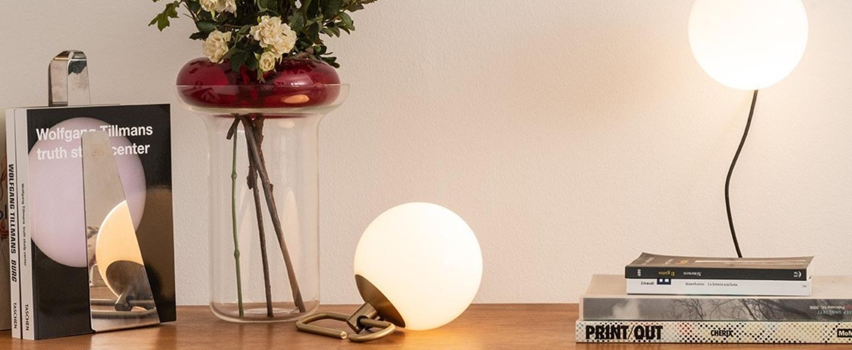 Lampe a poser nh blanc laiton artemide normal
