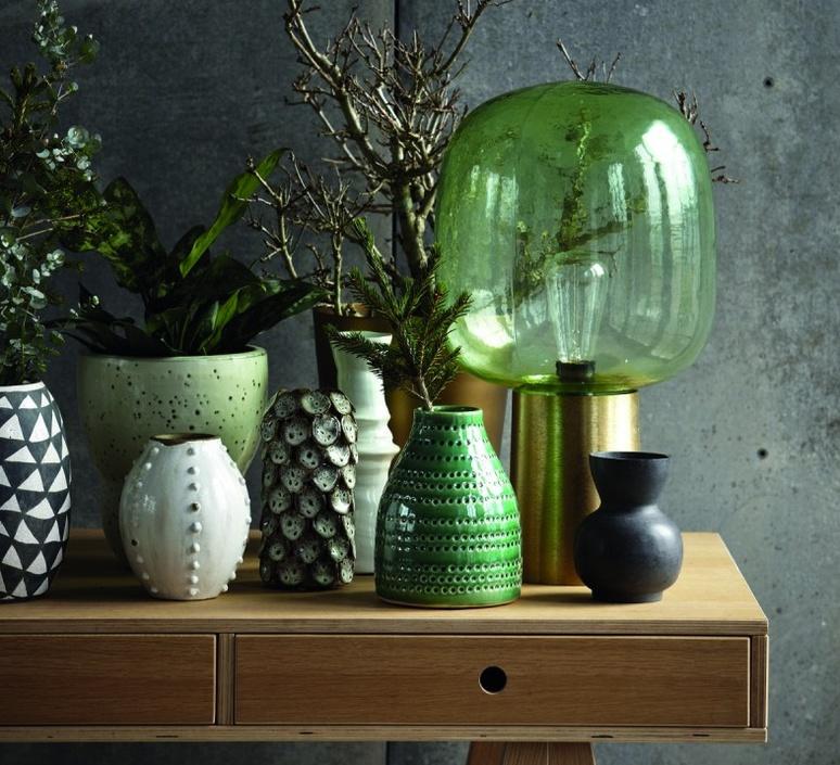 lampe poser note vert laiton laqu h52cm 28cm house doctor luminaires nedgis. Black Bedroom Furniture Sets. Home Design Ideas