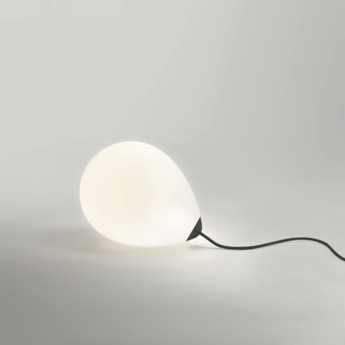 Lampe a poser on my mind blanc noir l27cm h23cm anastassiades studio normal