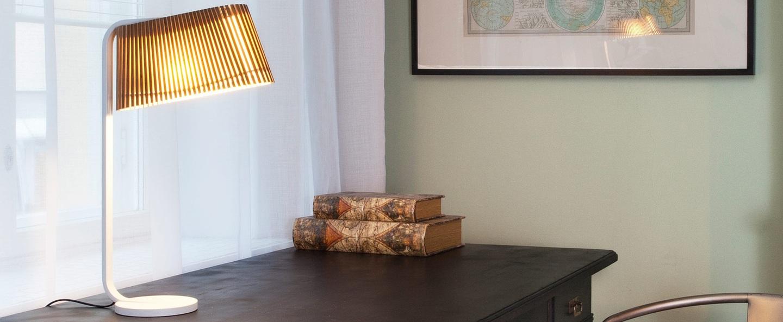 Lampe a poser owalo 7020 bois marron led l30cm h50cm secto design normal