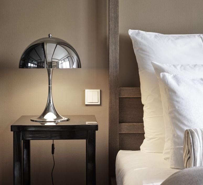 Panthella 320 verner panton lampe a poser table lamp  louis poulsen 5744167152  design signed nedgis 107296 product