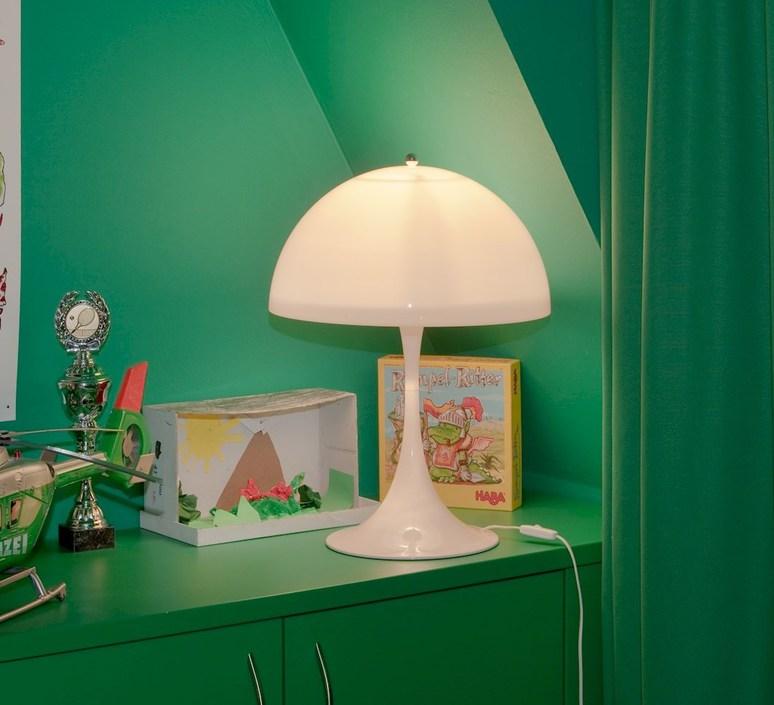 Panthella verner panton lampe a poser table lamp  louis poulsen 5744163415  design signed 48980 product