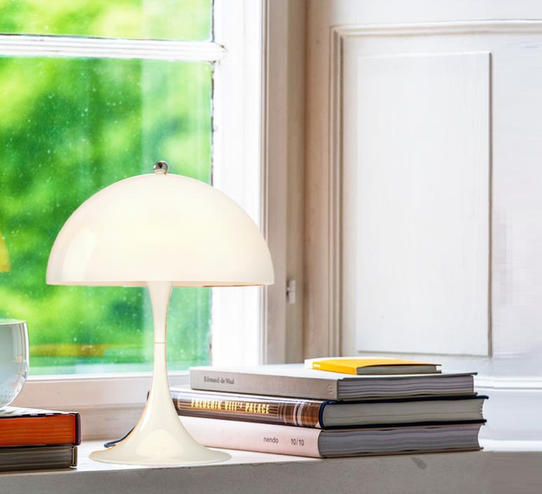 Panthella mini verner panton lampe a poser table lamp  louis poulsen 5744165235  design signed 51430 product